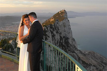 Необычное предложение - свадьба на Гибралтаре